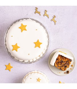 Iced Christmas Cake - Multiple Sizes Available ( For Delivery & Collection from 11th November )