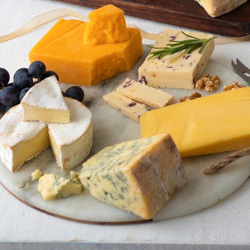 Gourmet Cheese Board with Cheese Knife (Delivery until 19th Dec only)