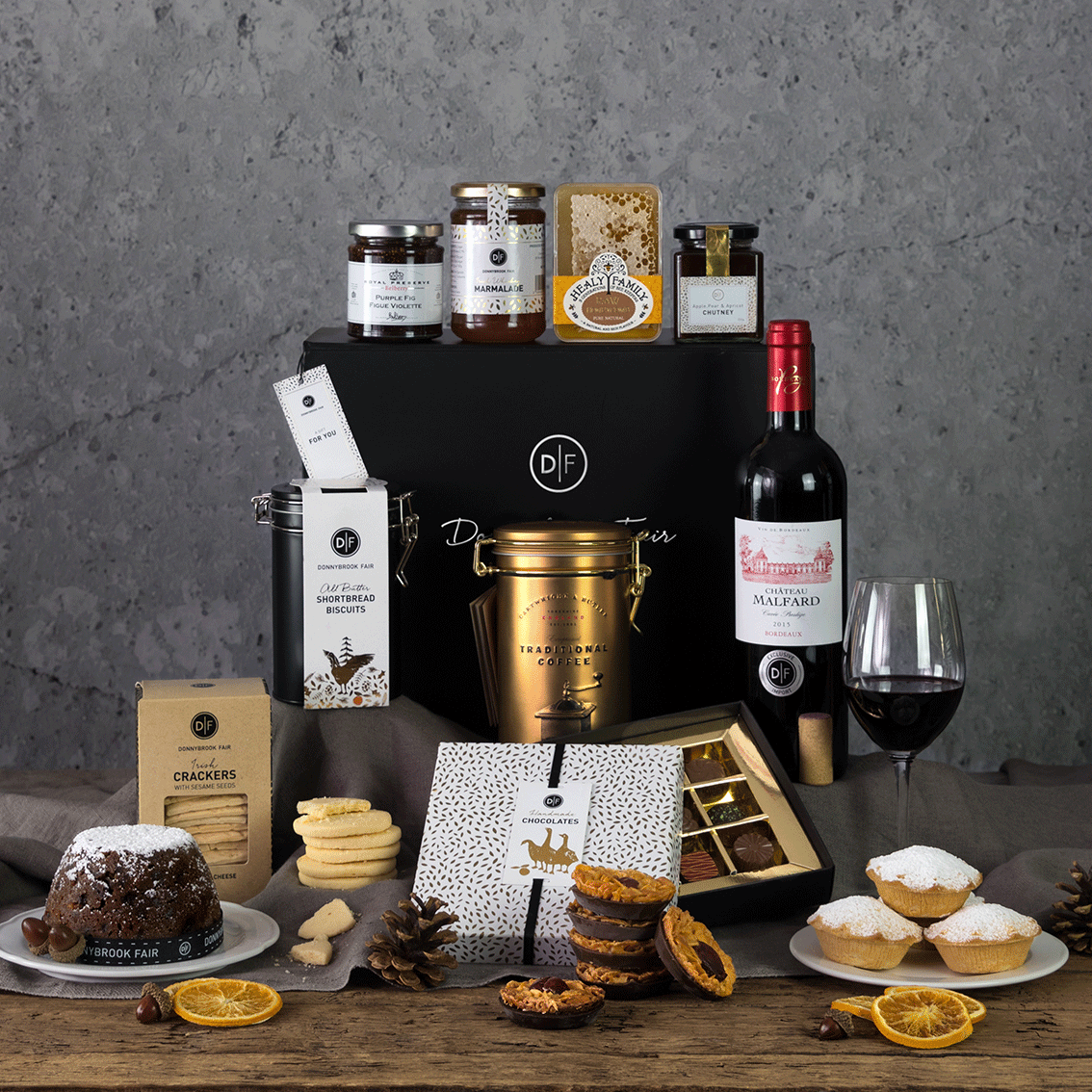The Morehampton Hamper Box (Delivery Until 19th Dec Only)