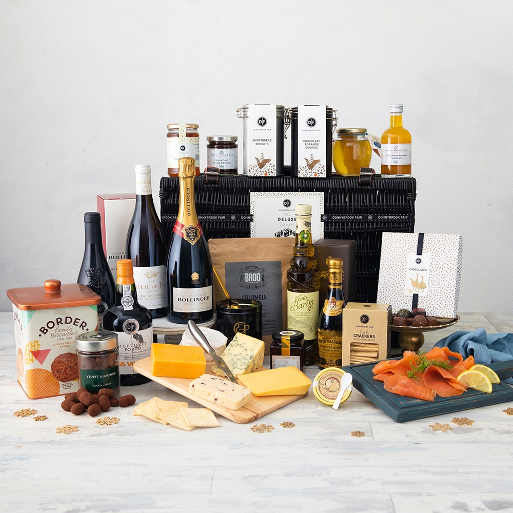 The D|F Deluxe Hamper (Delivery Until 19th Dec Only)
